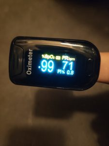 Oximetr je přístroj, který vám změří tep a saturaci kyslíkem